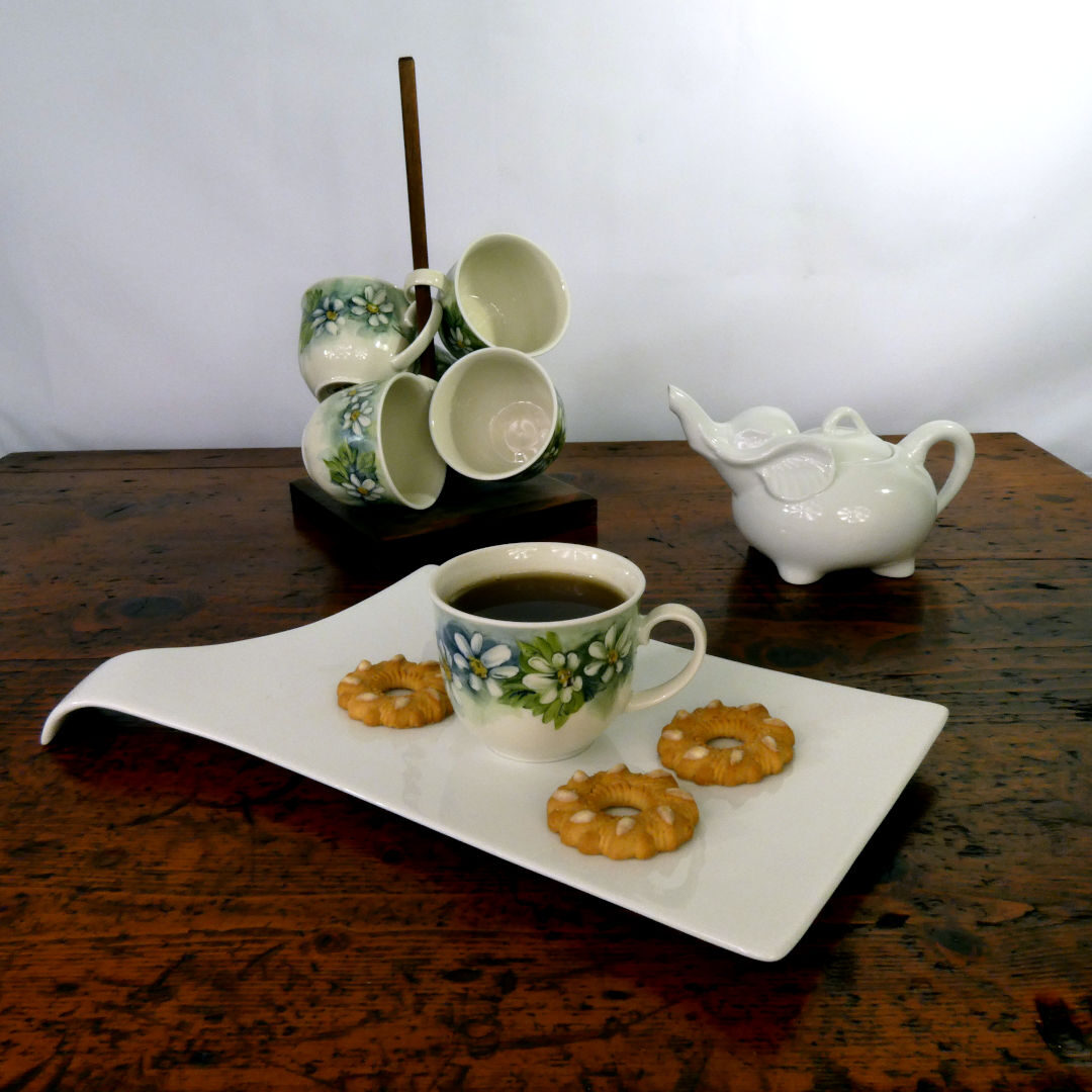 Servizio da tè con trespolo